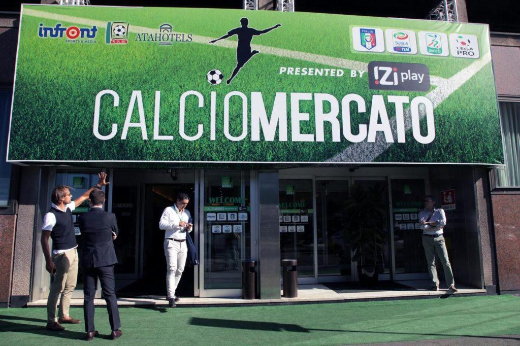 Calciomercato: trattative dell'ultimo giorno dall'AtaHotel Executive di Milano