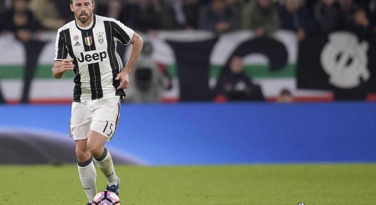 974e3ef109 The Wall, Andrea Barzagli – Juventus Club Doc Modena
